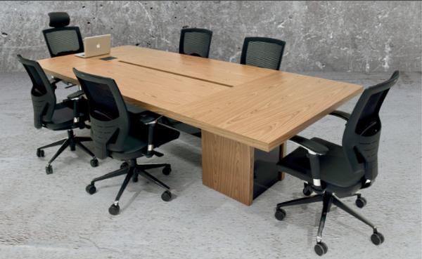 Exclusive Toplantı Masaları